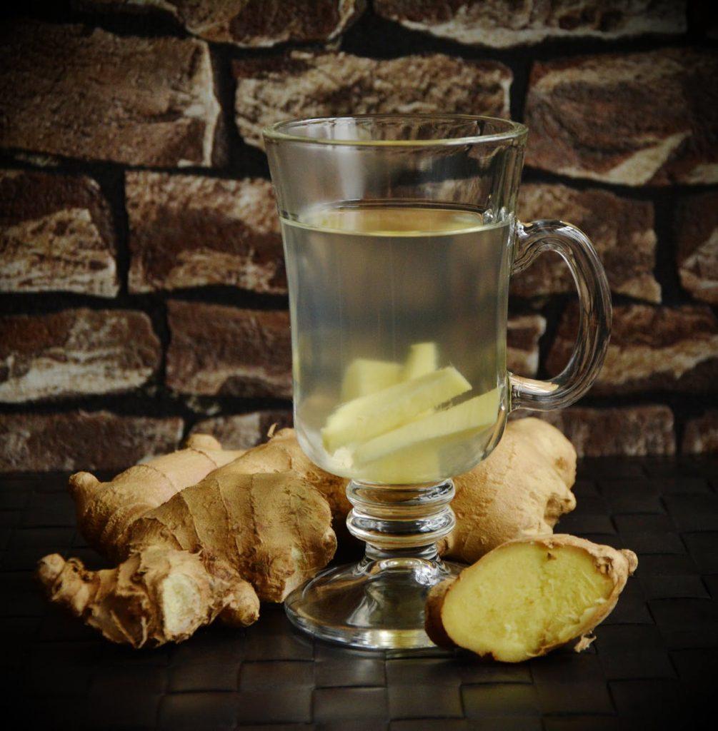 Beneficii ale ceaiului de ghimbir. In cate moduri te poate ajuta