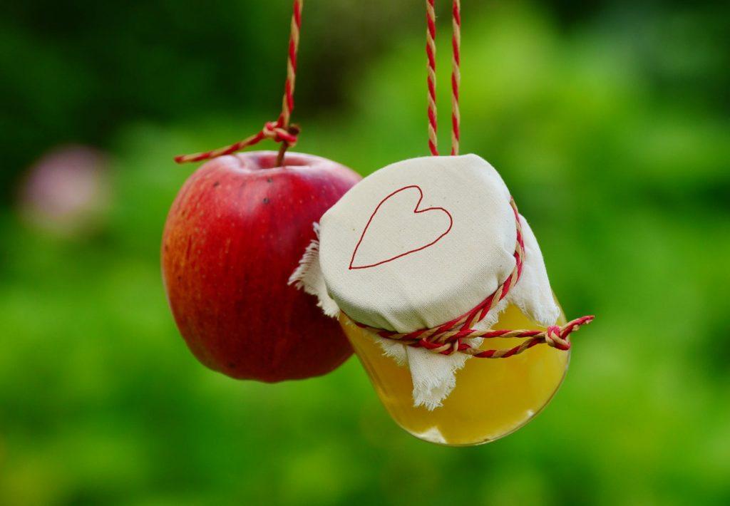 De ce sa bei zilnic otet din cidru de mere. Ce iti iese tie?
